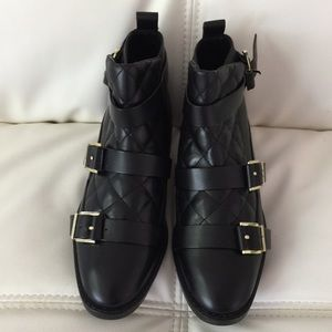 Zara authentic leather black low booties. US 6.5
